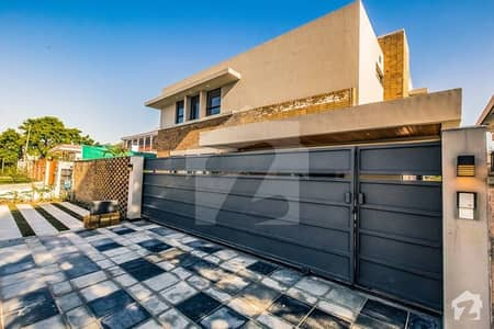 Brand New House For Sale In F81