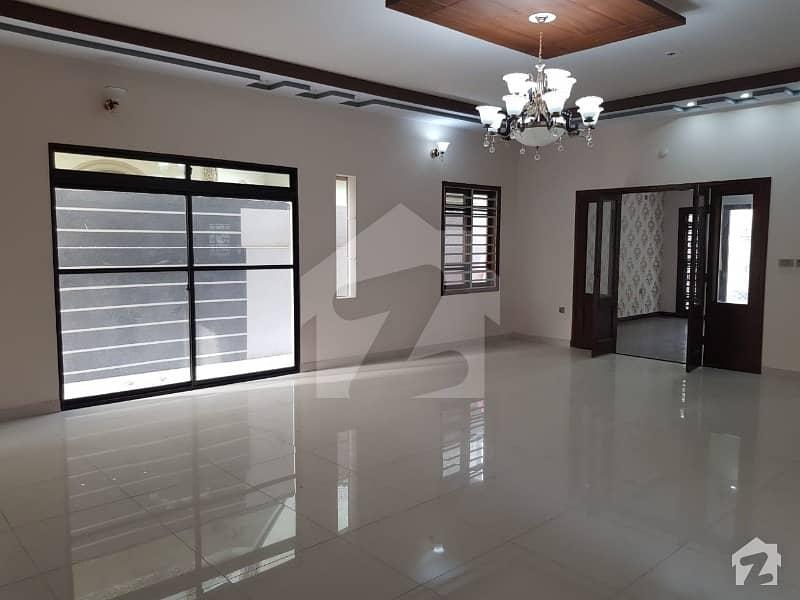 گلشنِ معمار - سیکٹر وائے گلشنِ معمار گداپ ٹاؤن کراچی میں 3 کمروں کا 16 مرلہ مکان 2.45 کروڑ میں برائے فروخت۔