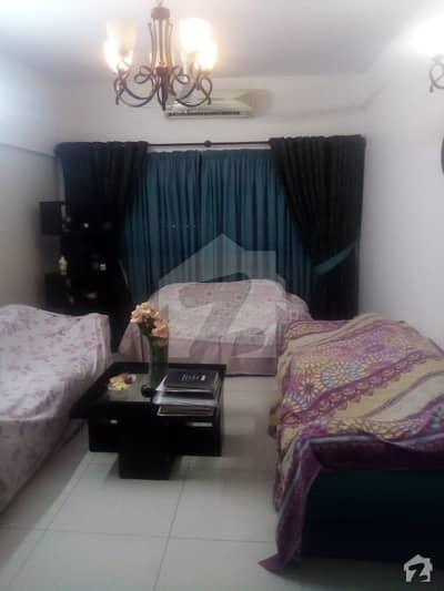 بہادر آباد گلشنِ اقبال ٹاؤن کراچی میں 4 کمروں کا 11 مرلہ بالائی پورشن 3.25 کروڑ میں برائے فروخت۔