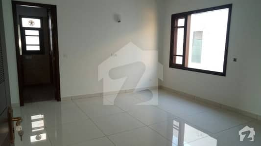 Seaview Apartment 3 bedrooms Drawing Dining Lounge Parking Line Water Renovated Rent