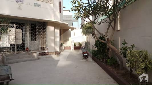 1000 Sq Yards Bungalow Ground Plus 1 Constructed With 12 Rooms Inside And Separate Washrooms For Corporate Office