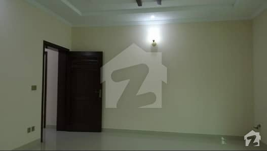 1 Kanal Double Storey With Basement House Available  For Sale