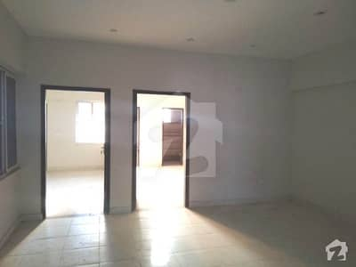 3 Bed Apartment With Lift Parking For Sale In Bukhari Commercial Area