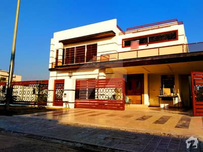 1 Kanal Royal Palace Beautiful Spanish Modern Luxury Bungalow For Sale