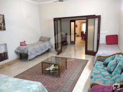 Modern Luxury Farm House For Rent 20000 Per Night Lahore