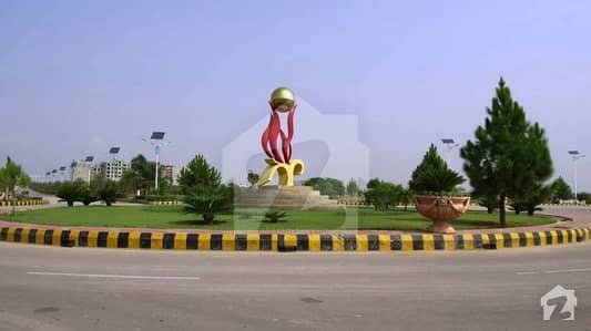 35x70 Sq Feet Plot Is Available For Sale On Good Location In Gulberg Residencia  Block F