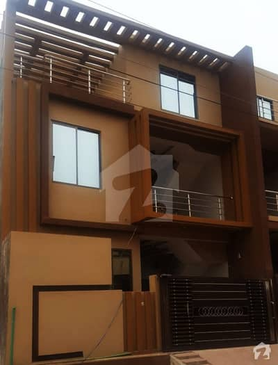 5 Marla Brand New House For Sale In Royal Avenue