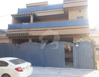 House For Sale - Main Hayatabad Phase 6 Sector F7