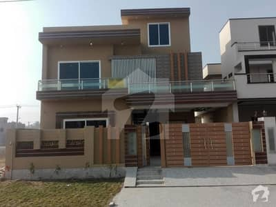 10 Marla Brand New House Is Available For Sale