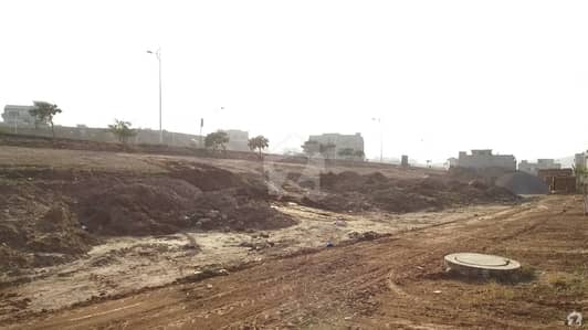 10 Marla Plot Is Up For Sale In Bahria Greens - Overseas Enclave - Sector 6 Main Blvd