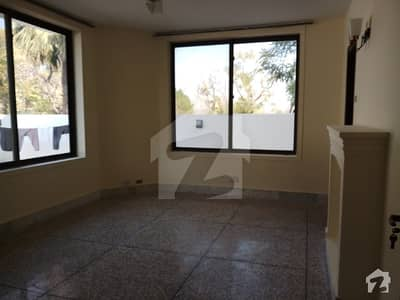 F103 Beautiful Corner House For Rent Size 1066 Sy Beautiful Nice Location Hug Lawn