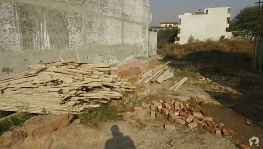 Plot Is Available For Urgent Sale In G-13/3 Islamabad