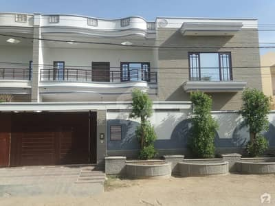 300 Sq Yard Beautiful Bungalow Is Available For Sale