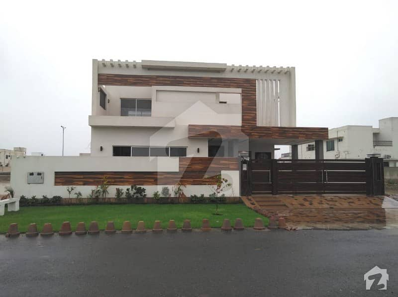 All real picture 1 kanal Luxury double unit corner house for sale in Dha phase 7 block R with swimming pool  theater  gym