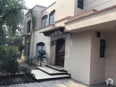 One Kanal Beautiful House For Rent On Cantt Sarwar Road