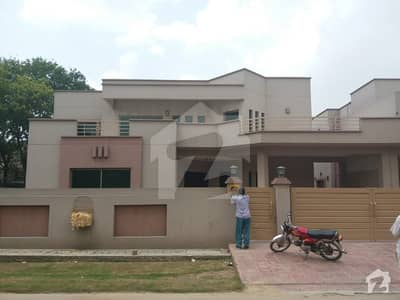 Askari 11 Sector B  1 Kanal 4 Beds Luxury House For Sale