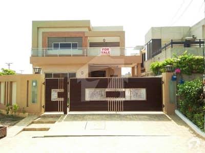 10marla Corner Brand New Beautiful Design Bungalow For Sale Facing Park And Near Masjid