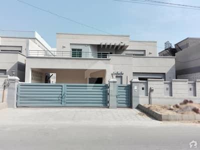 Luxury Properties Offer Gorgeous Design Brigdare House For Rent In Askari 5 Malir Cantt