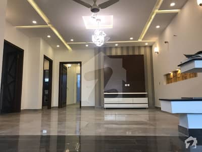10 Marla Brand New Luxury Stylish Villa For Sale In State Life Housing Society Phase 1