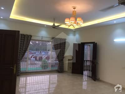 1 Kanal Brand New Beautiful Royal Place Out Class Modern Luxury Upper Portion For Rent In Dha Phase V