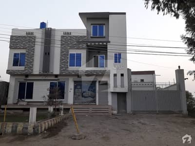 Triple Storey Building  For Sale  2 Halls