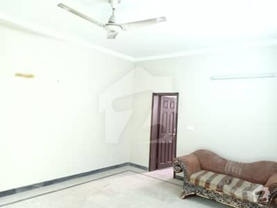 1 Kanal Upper Separate Gate Portion Neat Canal For Office In Johar Town