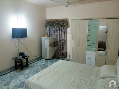 furnished 1bedroom attached washroom common kitchen lounge jami dha7rent