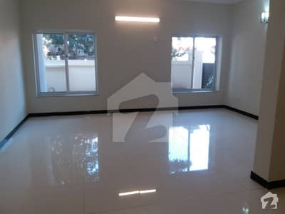 I 8 3 Newly Renovated 125 Kanal Ground Portion With 3 Bed 3 Bath Tile Servant Quarter