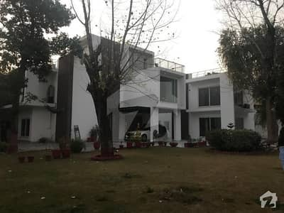 Prime Location F-7 - 6 Bed Full House Ideal For Foreigners
