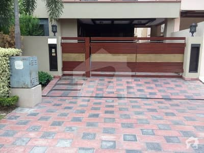 10 Marla Luxury Villa For Rent In State Life Housing Society Lahore Phase 1