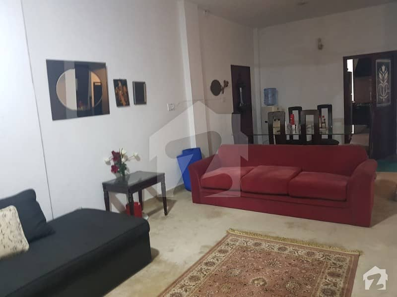 Flat For Sale At Temple Road Lahore