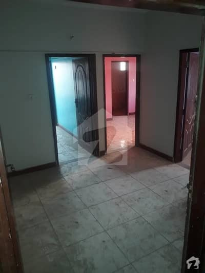Nazimabad No4 New Zero Meter 2 Bed DD Flat Available For