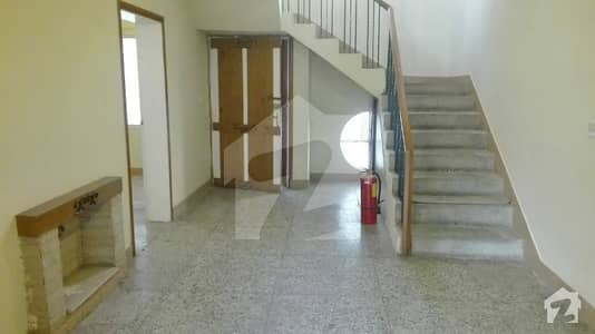 1200 Sq Yd Excellent House Is Available For Rent