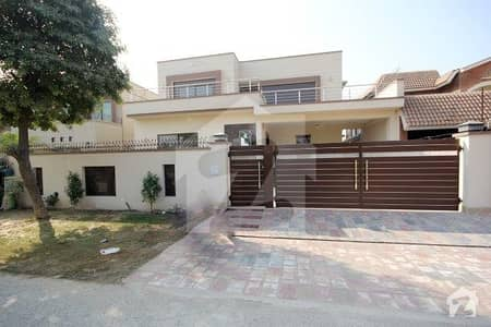 Brand New 1 Kanal Full House Double Unit For Rent In Phase 4