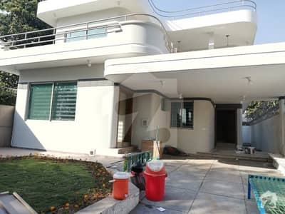 House For sale in F-7 12 caror