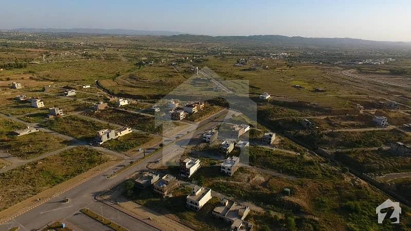 راولپنڈی ہاؤسنگ سوساءٹی سی ۔ 18 اسلام آباد میں 7 مرلہ رہائشی پلاٹ 17 لاکھ میں برائے فروخت۔