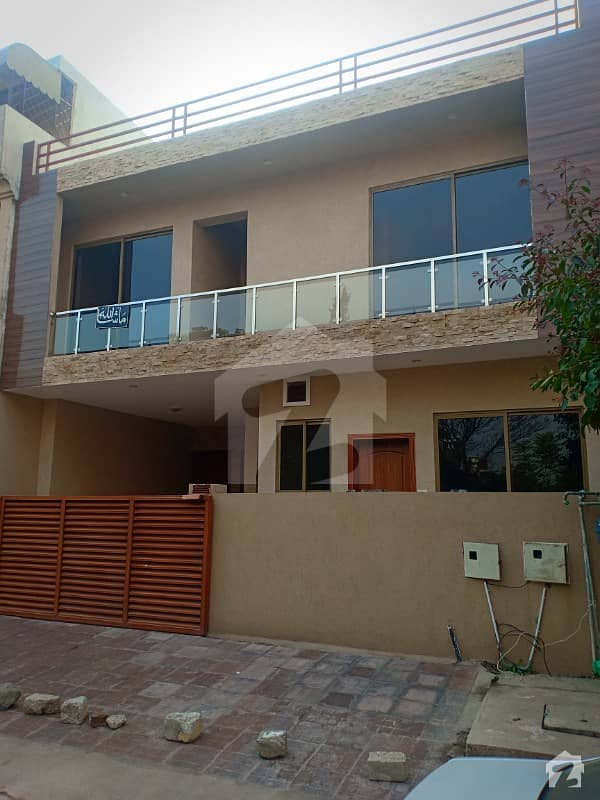 G-11/1 30x60 Brand New House Investor Price Excellent Location