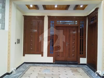 G10)1 Double Road Location 40+80 Ground Portion 3Bed 2Bath D. D Tv lounge Kitchen Stor Car parking Reasonable Rent