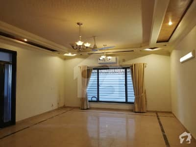 E11 New Ground Portion 3 Bed With Bath Servant 500 Yds For Rent