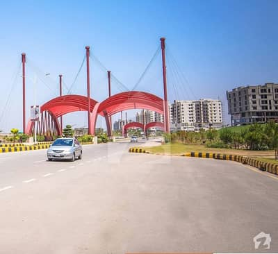 Prime Located Heighted 5 Kanal Farm House For Sale In Gulberg Greens Block D