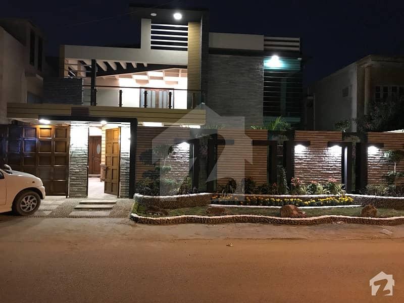 ڈی ایچ اے فیز 7 ڈی ایچ اے کراچی میں 5 کمروں کا 1 کنال مکان 11 کروڑ میں برائے فروخت۔