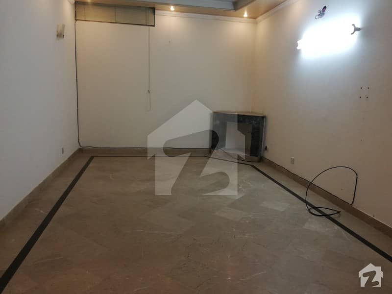 24 Marla Lower Portion For Rent In Dha Phase 3 Block W