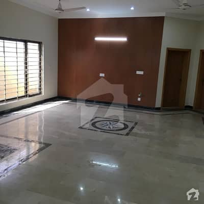 Portion For Rent In F-17/3 Mpchs