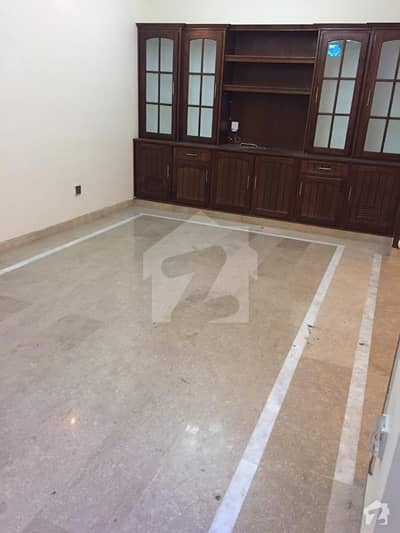 E11 Out Class Location New Ground Portion For Rent