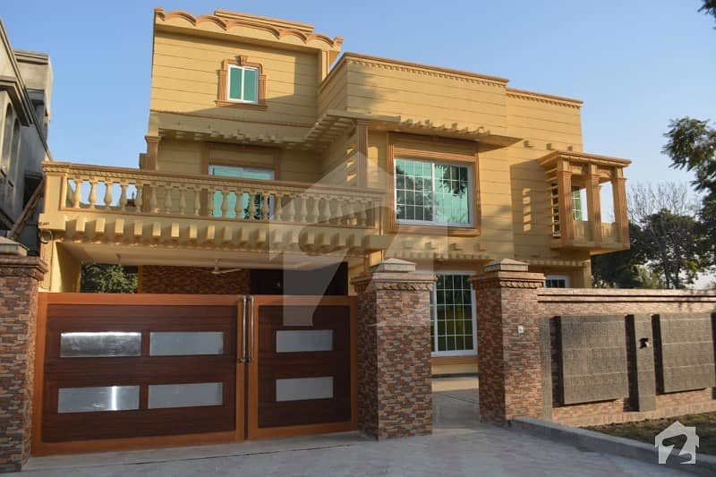 Brand New House For Sale On Main Mall Road Peshawar Cantt
