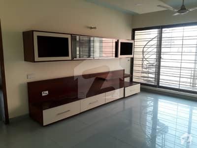 4 Bedroom Upper Portion With Seprate Entrance