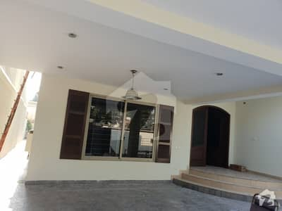 14 Marla House For Sale In Falcons Colony Tufail Road