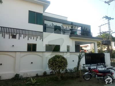 Defence 10 Marla Beautiful Corner Bungalow For Sale Near To Park Cheapest Price