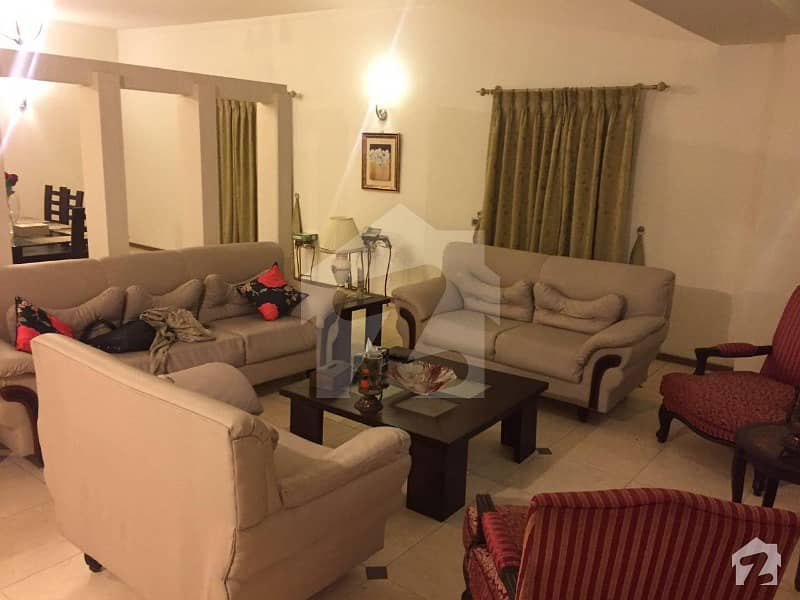 Corner 15 Marla 8th Floor 04 Bed Furnished Apartment In Tufail Road Mall Of Lahore