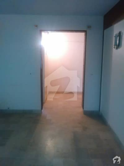 Maymar Avenue Flat Is Available For Rent